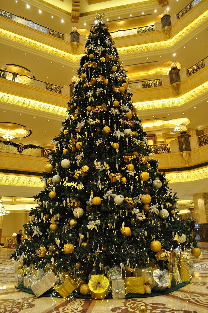 christmas-tree-1118955_1280