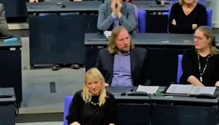 Grünenpolitiker Hofreiter wird mit Realität konfrontiert und gerät