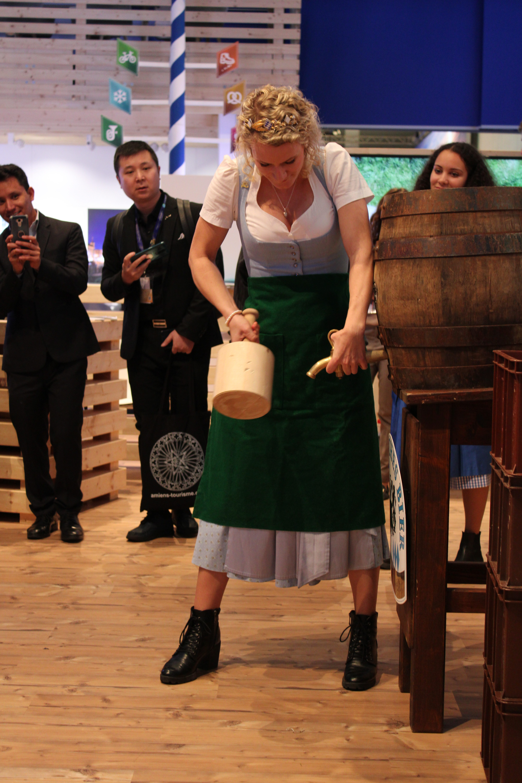 Bayrische Bierkönigin Johanna Sailer – die kann's