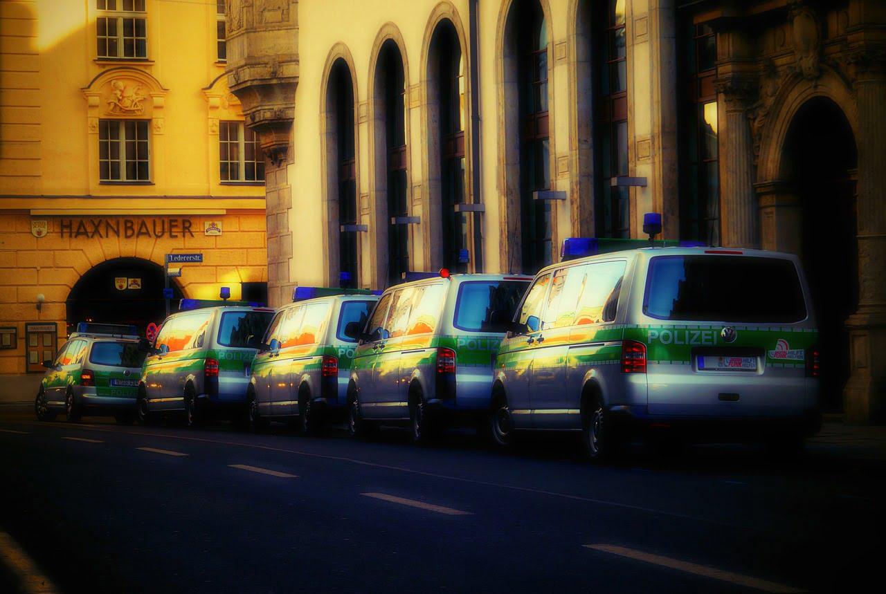 Nrw Im Ausnahmezustand Ist Die Duisburger Polizei Von