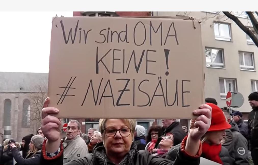 """Bildergebnis für Oma als """"Umweltsau"""": Rechtsextreme demonstrieren in Köln!"""